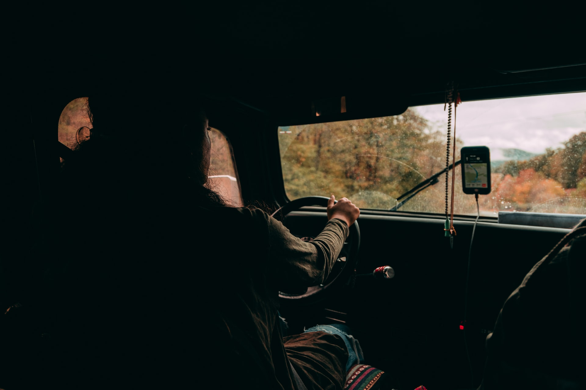 Fall Driving Tips For Truck Drivers